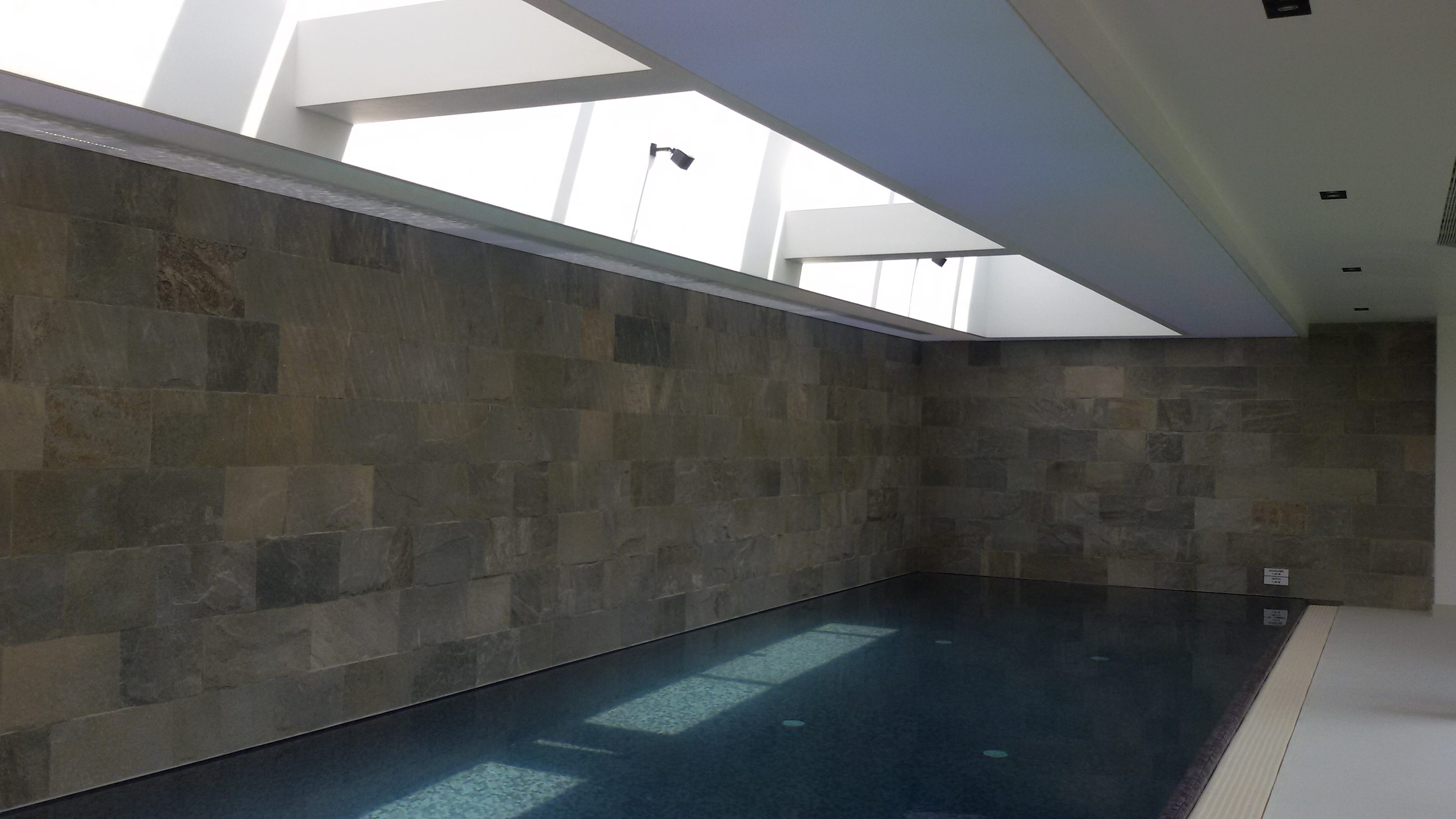 Tavane piscina